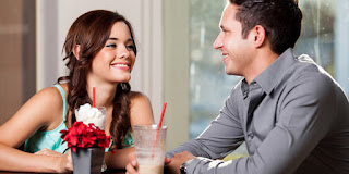 7 Kode Wanita Ketika Ingin Bercinta