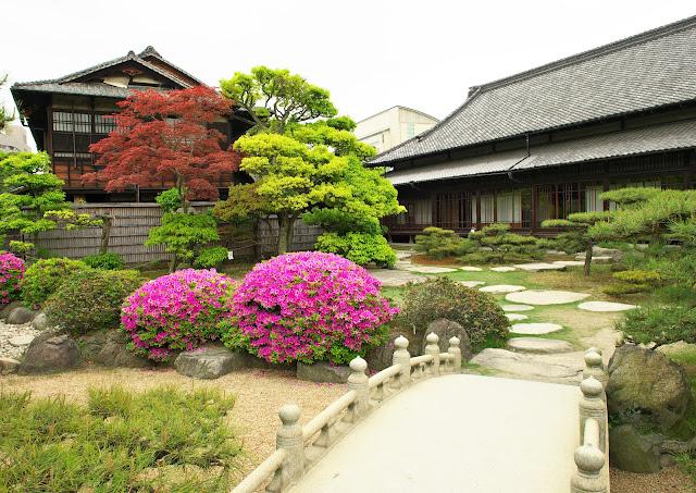 高松城、玉藻公園内の披雲閣等、庭園の写真