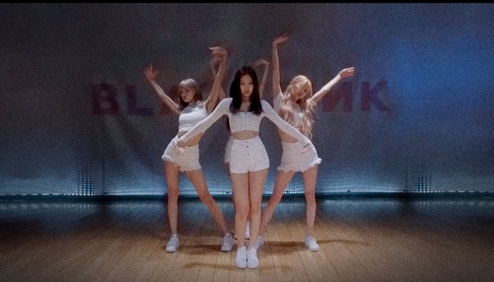 BLACKPINK – 'Don't Know What To Do' DANCE PRACTICE VIDEO (MOVING VER.)