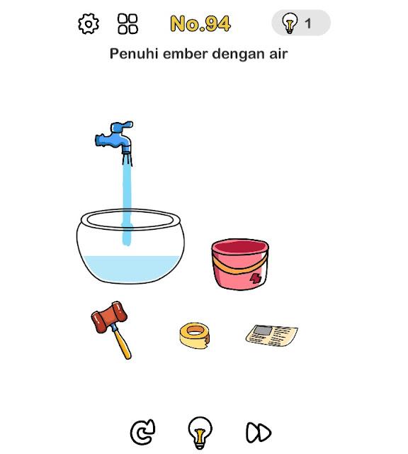 Penuhi ember dengan air