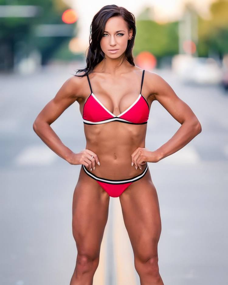 Female fitness model uk - Amy Leigh-Quine