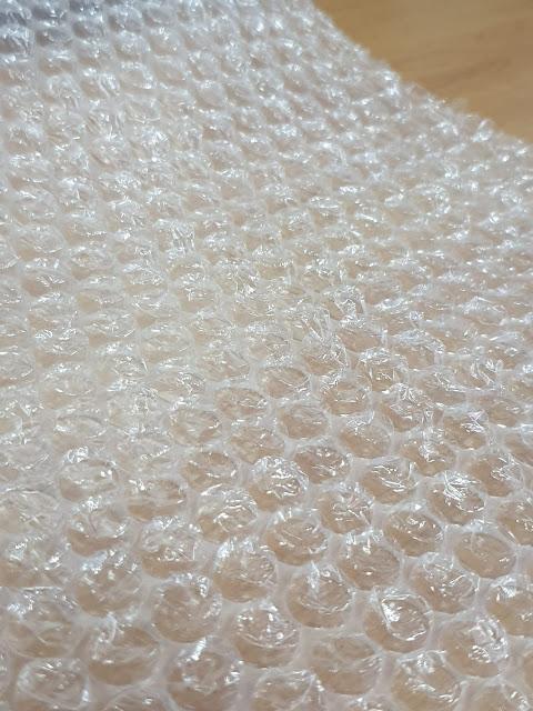 plastik bubble wrap, plastik kemasan pelindung, plastik gelembung udara