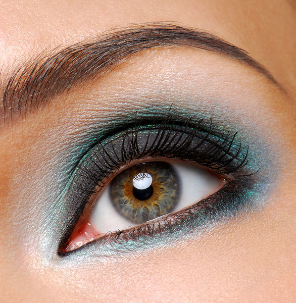 celebrity Gossip: Smokey Eye Makeup For Brown Eyes