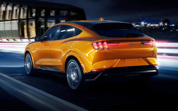 Mustang Mach-E registra 300 milhas de autonomia - EPA