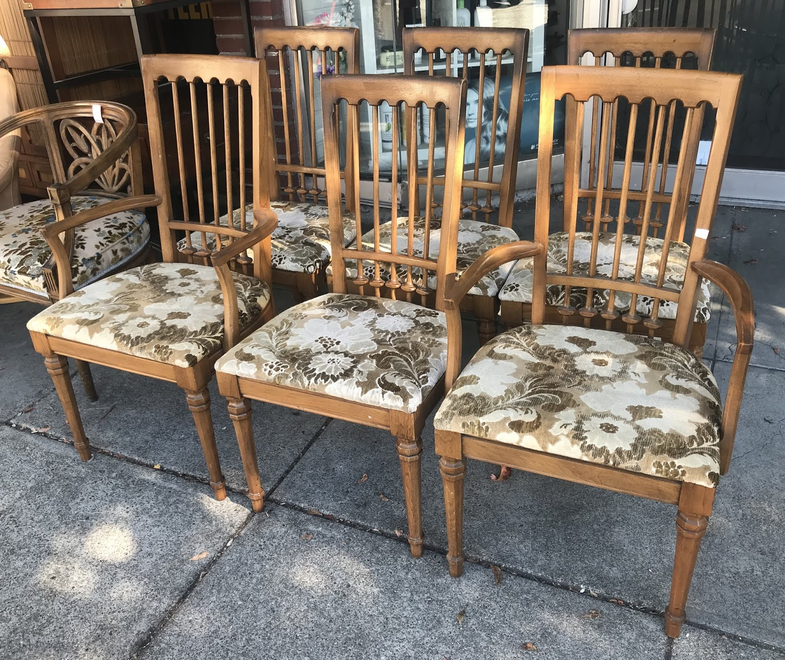UHURU FURNITURE & COLLECTIBLES: ** BARGAIN BUY ** #20838