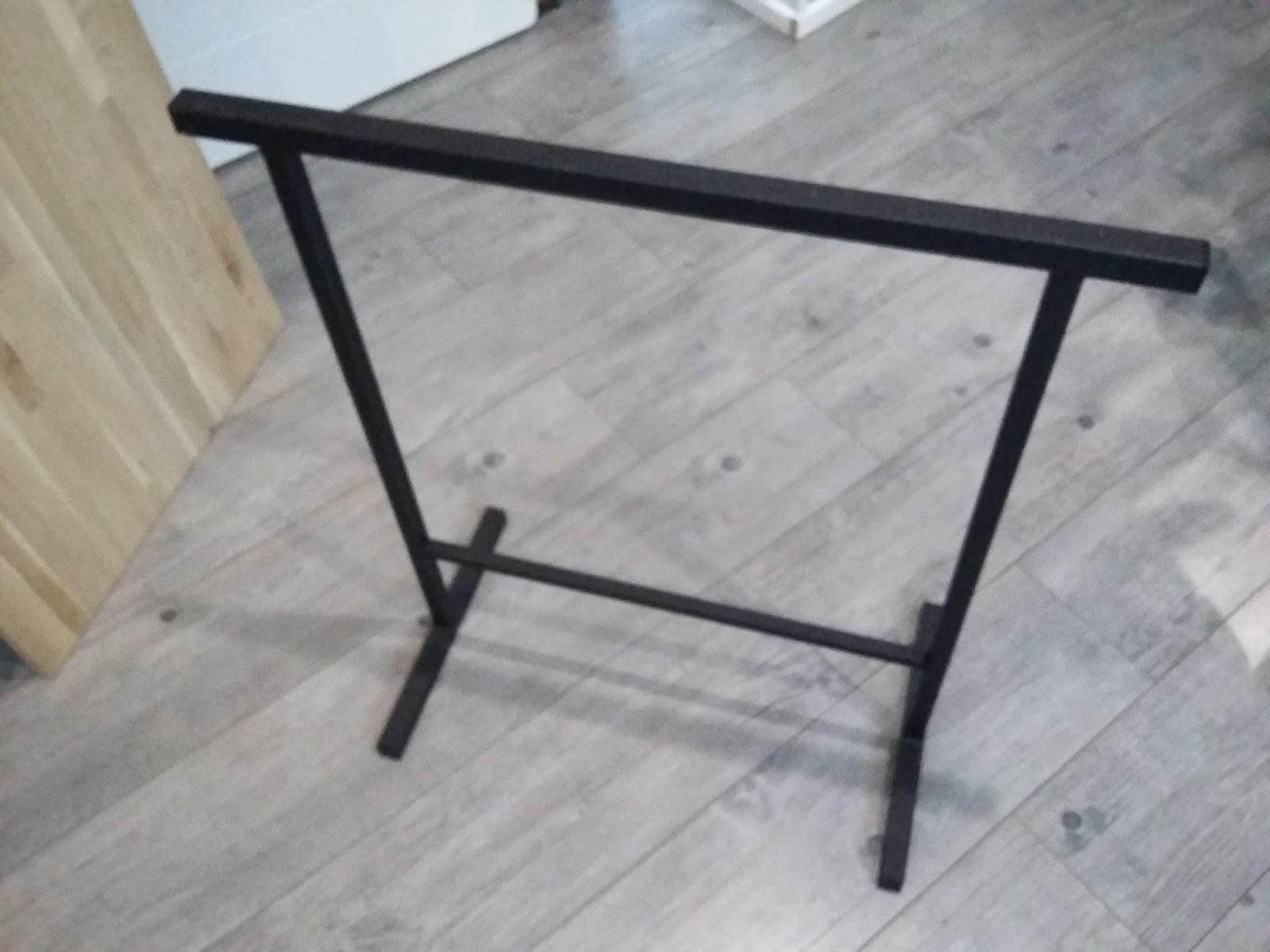 fabriquer un bureau style industriel d co bureau fabriquer fabriquer un bureau un bureau osb. Black Bedroom Furniture Sets. Home Design Ideas