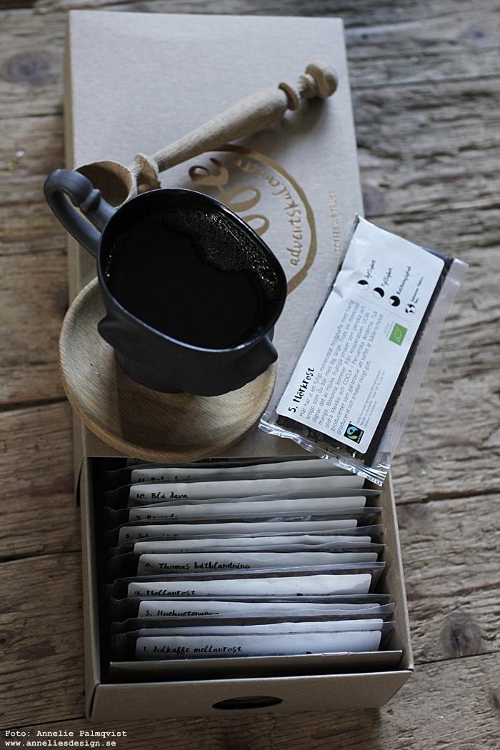 kaffe, kaffelkalender, annelies design, adventskalender, kalender, nabo, presenttips, webbutike, webshop, nätbutik, inredning, varberg, mugg, ansikte, sked av ek,