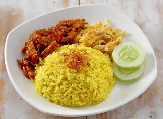 Resep Nasi Kuning Sederhana Enak dan Praktis