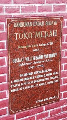 Walking Tour Wisata Toko Merah Bersama Jakarta Good Guide