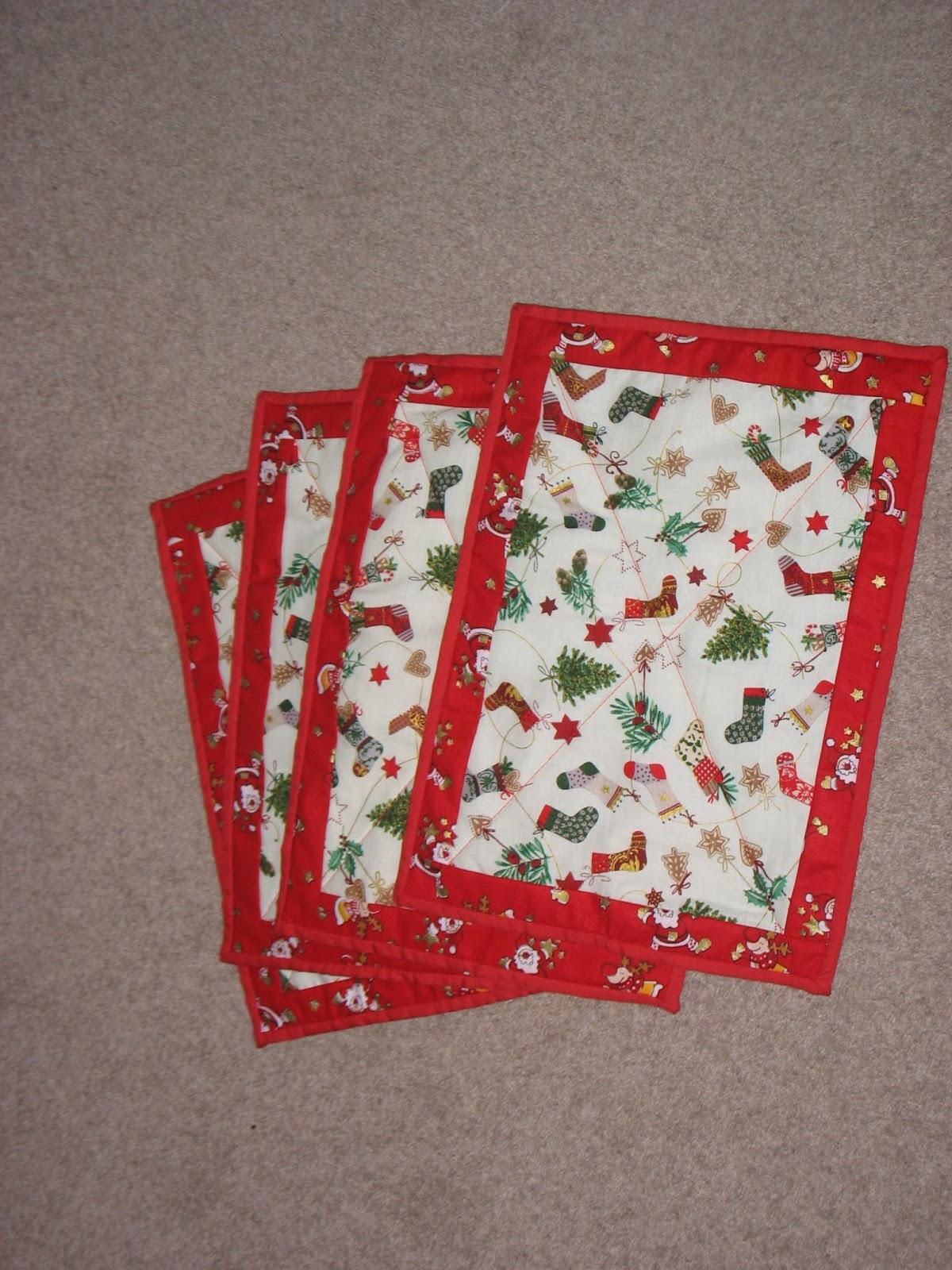 Koshka2 Quilts Christmas Placemats