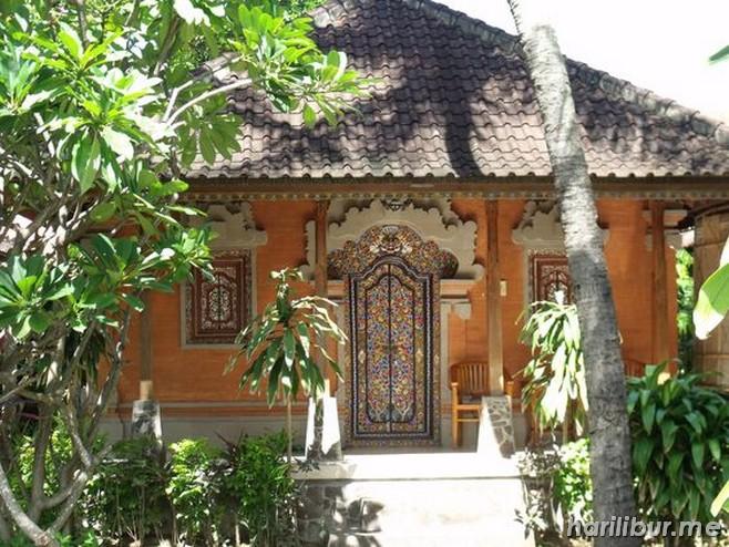 Gambar Desain Rumah Adat Bali Gaya Modern dan Tradisional ...