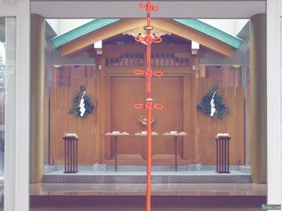 八劔神社拝殿