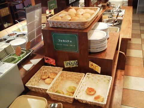 ビュッフェコーナー:パン1 ステーキガスト岐阜鏡島店2回目