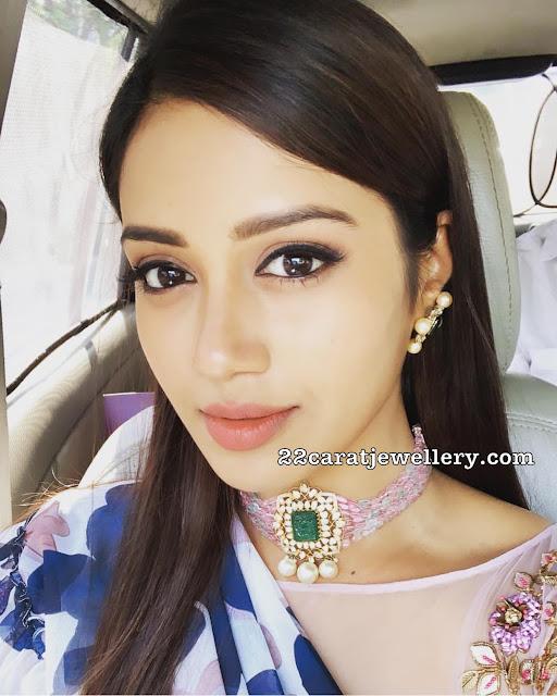 Nivetha Pethuraj Flat Diamond Choker