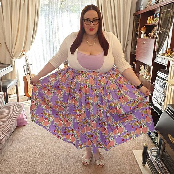 Pin Up Couture Lilac Rose Skirt