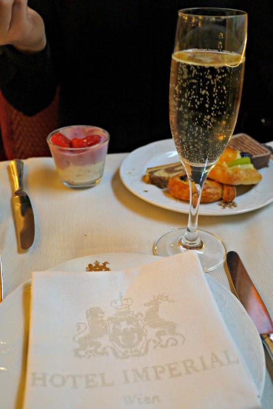 hotel imperial wien champagne breakfast