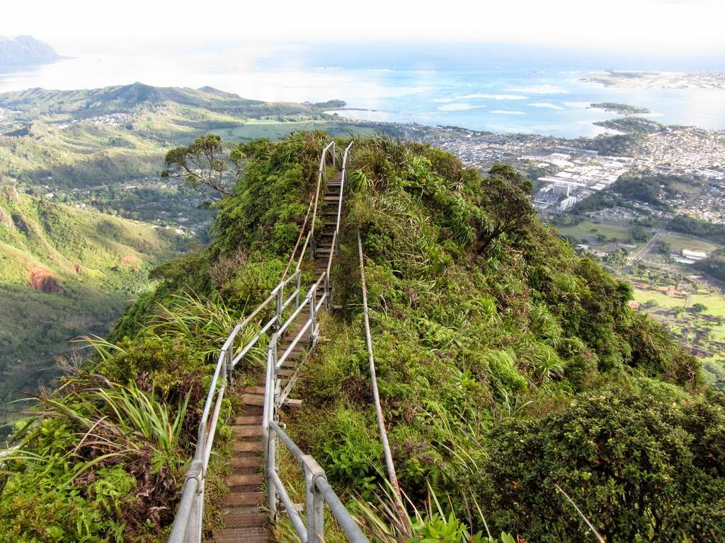 The Haiku Stairs: Hawaiis Forbidden Stairway to Heaven ...
