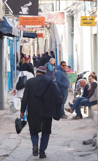 Medina sfax tunesië, tunesië, souk, souq, markt sfax, grote moskee sfax, Bab Diwan, souk Erbaa sfax, El Najjarine sfax, souk El Khodhra sfax, souk El Mahsoulat sfax, souk Es Sabbaghine sfax, souk El Fakkahine, olijfolie tunesië, Souk El Hout sfax, la poulpe sfax, Café Kemour sfax, charmoula, shakshuka, Al Mansour medina sfax, Dar Baya sfax, dakterras medina sfax, hotel les oliviers sfax,