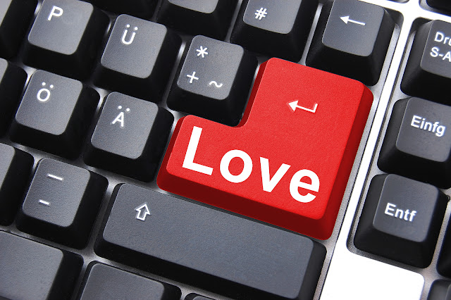 Online Dating... Just Who Is Your True Love.
