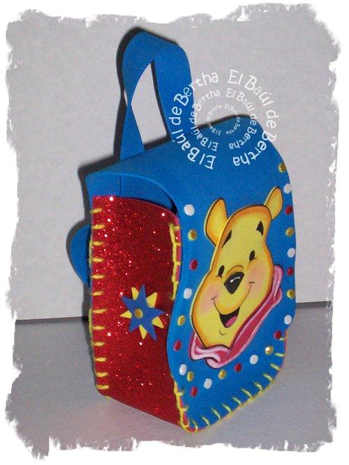 KIT Fiesta Infantil con Winnie Pooh Winnie%2BPooh%2BCotillon%2B%25281%2529