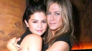 la cantante recibió la sorpresiva visita de Jennifer Aniston. La actriz fue a brindarle su apoyo.