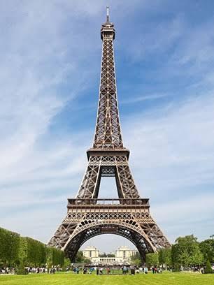 Eiffel Tower की विशेषता क्या है तथा यह प्रसिद्ध क्यों है?