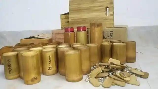 গো গ্রিন বাংলাদেশের প্লাস্টিকের বিকল্প বাঁশের তৈরি পণ্য