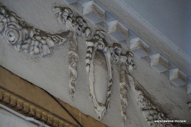 Warszawa kamienica Praga Północ przejazd bramny