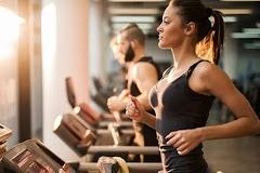 Cách hít thở đúng khi tập gym tập bụng và xà đơn