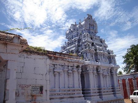 धन के स्वामी कुबेर का मंदिर: मंगल दोष से मुक्ति मिल जाती है