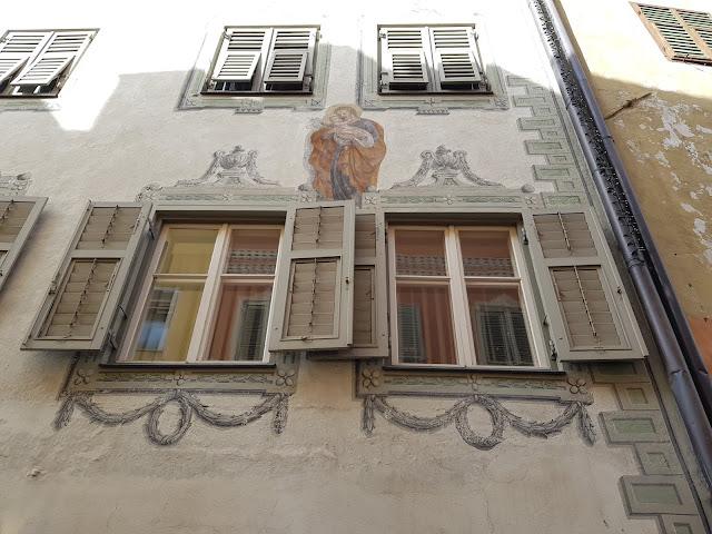 Affresco su un palazzo su Via centrale-Brunico