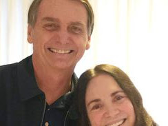 Regina Duarte se reúne com Bolsonaro no Palácio do Planalto