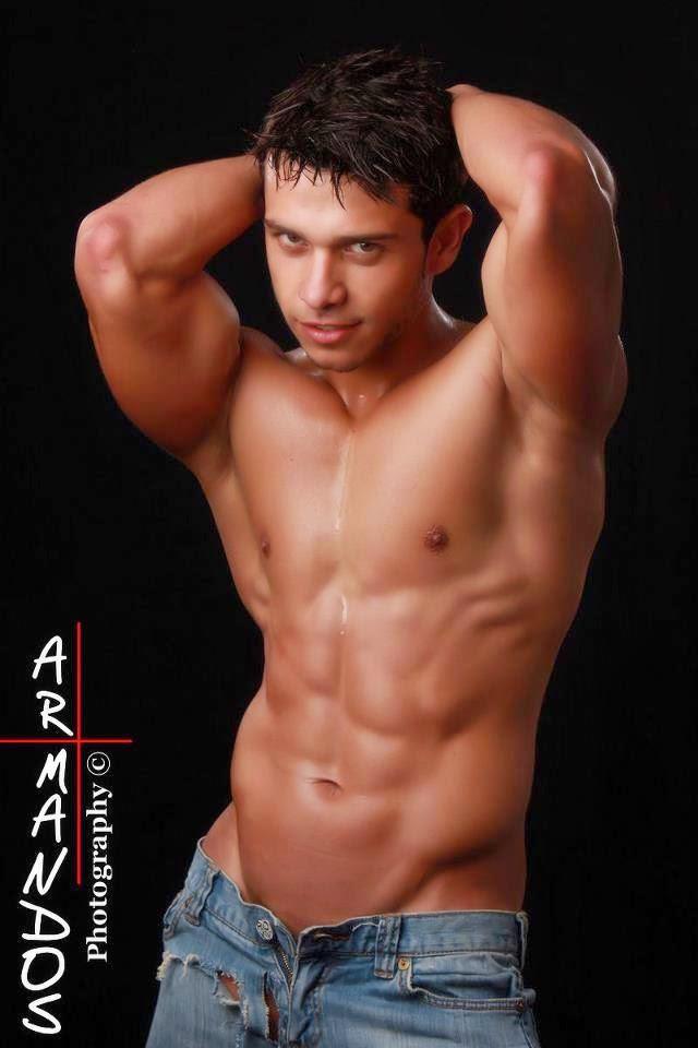 Hot Men From Central America: First Post - Josué López