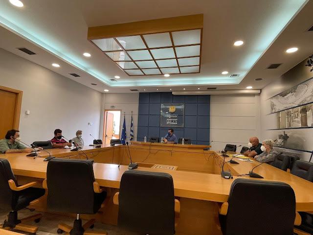 Παρέμβαση της Λαϊκής Συσπείρωσης στην Π.Ε.Αργολίδας για την μεταφορά μαθητών Ρομά στο Ναύπλιο