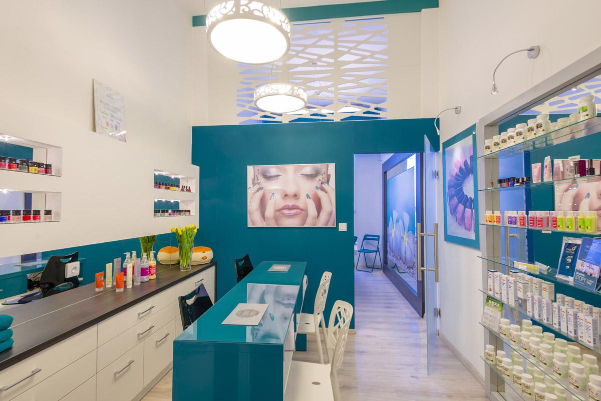 Instytut Urody Prestiż - manicure hybrydowy