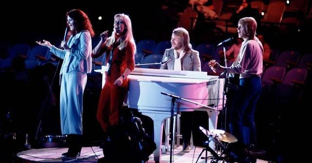 Οι ABBA ετοιμάζουν (μουσικό) ταξίδι μοναχά για πάρτη μας