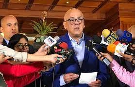 Tras un año de la primera reunión entre el gobierno nacional y la oposición venezolana los acuerdos establecidos se cumplen para la paz del país