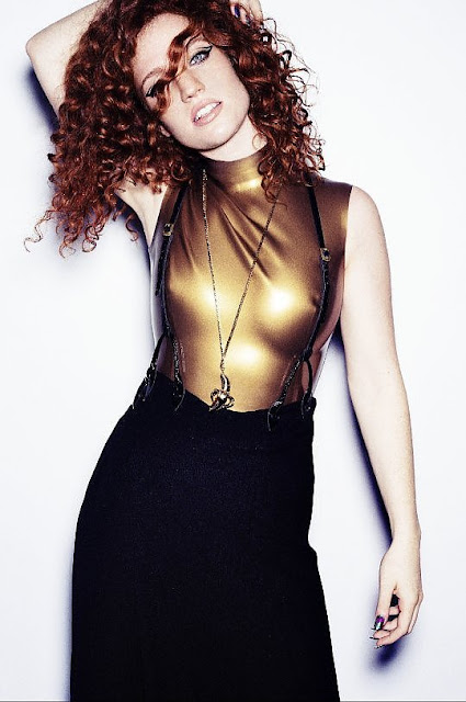 Video: Clean Bandit & Jess Glynne - Real Love