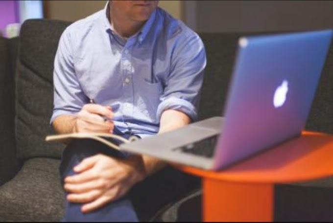 GET HIRED & WORK ONLINE AS A BLOGGER 2021