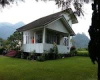 Villa Putih Istana Bunga