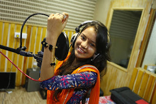 Shital Thakor Photo Pics image