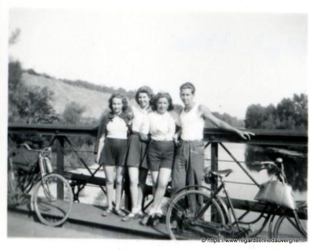 photo noir et blanc : le saut du loup, 1940