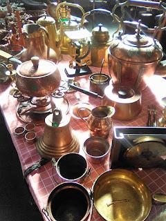 Piezas de  bronce en Granadantigua