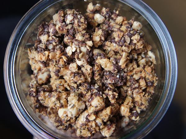 REZEPT: glutenfreies Schoko-Erdnussbutter Granola