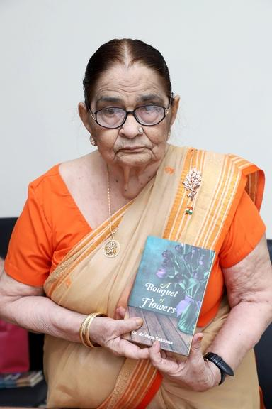 Dr Krishna Sakshena unveils her 9th book - 'A bouquet of flowers'