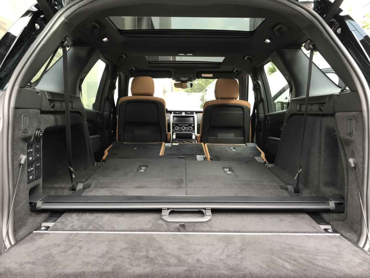 Bán Xe Land Rover Discovery 7 Chỗ Qua Sử Dụng Tại Thành Phố HCM, Xe Mới 3.0 Động Cơ Xăng Nhập khẩu NGuyên CHiếc