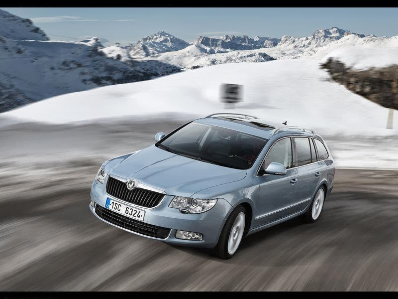news cars new skoda superb combi 4x4 model year 2010. Black Bedroom Furniture Sets. Home Design Ideas