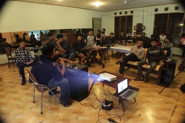Nonton Bareng Film-film Indonesia Raja 2016: Bandung di Hangout Bistro Purbalingga