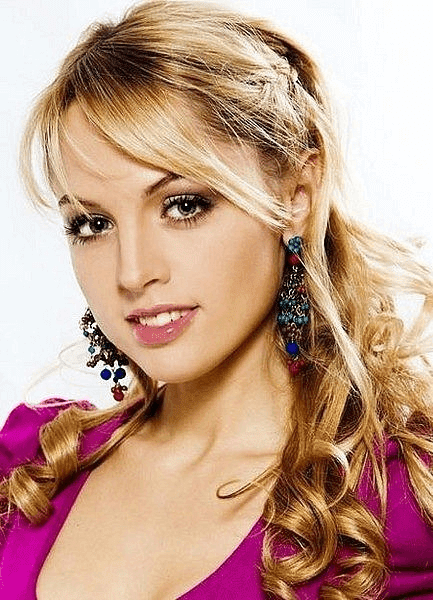Yanina Studilina Russian Actress HD Wallpaper Pics Images