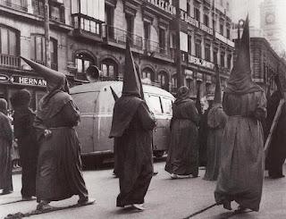 Resultado de imagen de pensión madrileña años 50 blanco y negro